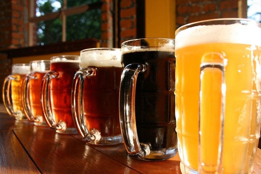 TOP 5 – Onde tomar cervejas artesanais e internacionas nos parques temáticos