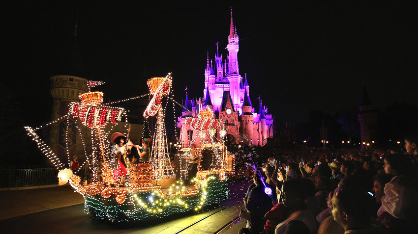 Main Street Electrical Parade chega ao fim no Magic Kingdom