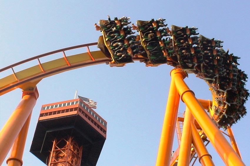 Tatsu (Six Flags Magic Mountain)