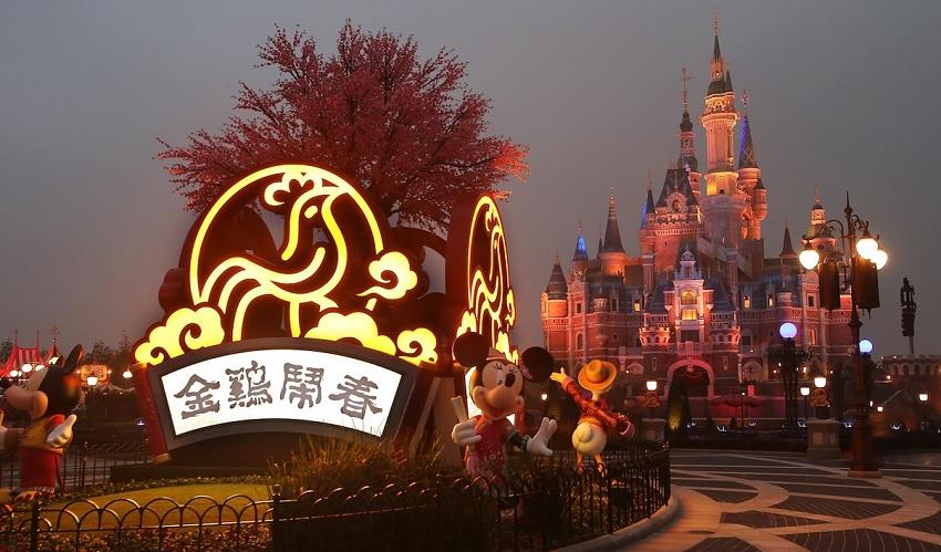 Celebração do Ano Novo Lunar nos parques temáticos