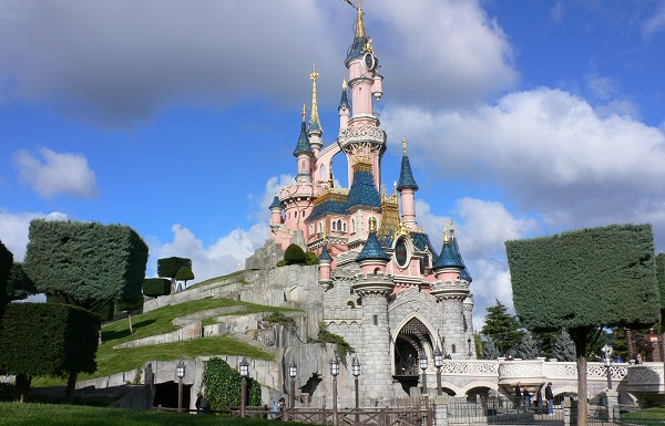 Parques temáticos mais visitados 2016 - Disneyland Paris