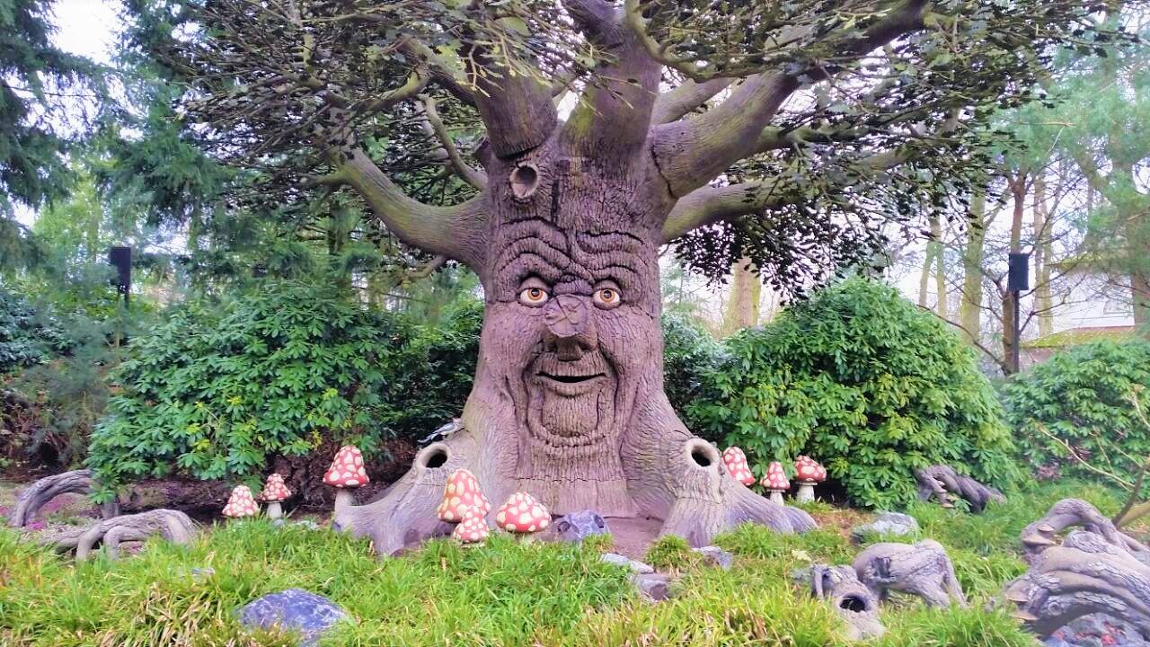 Efteling, o maravilhoso parque holandês que todo parkaholic deveria conhecer