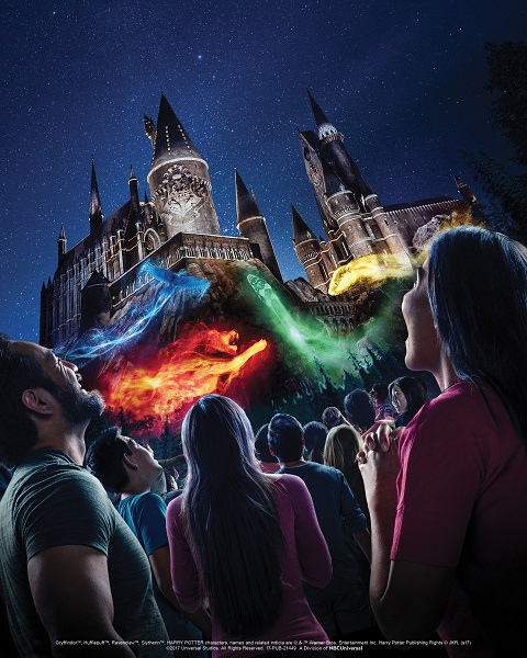 """""""The Nighttime Lights at Hogwarts Castle"""" at """"The Wizarding World of Harry Potter"""" - Universal Studios Hollywood"""